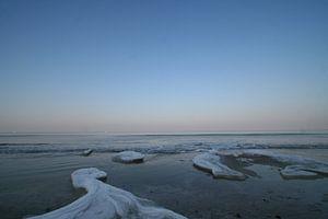 Bevroren strandwater