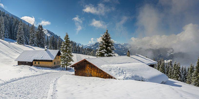 Winterwanderweg im Kleinwalsertal von Walter G. Allgöwer