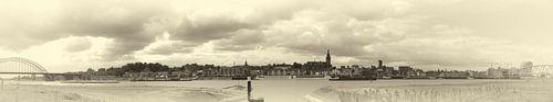 Panorama Nijmegen sepia van