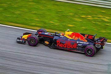 Max Verstappen in actie tijdens de Grand-Prix van Oostenrijk 2017 sur