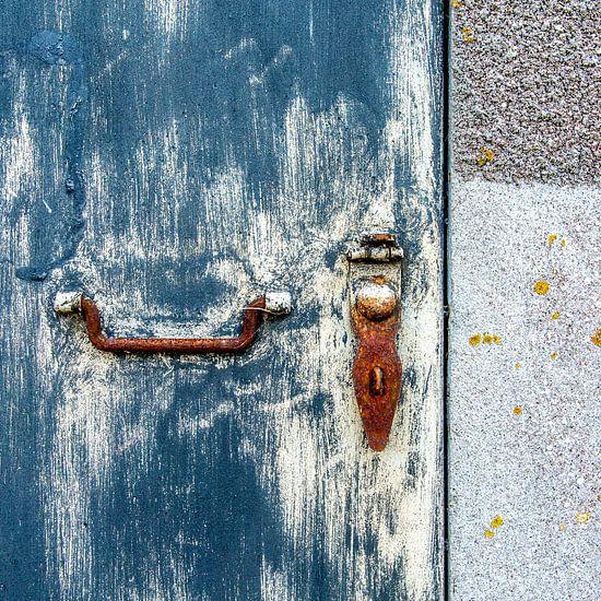 Abstract in roestblauw van Hans Kwaspen