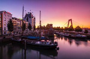 Sunrise in the wijnhaven van