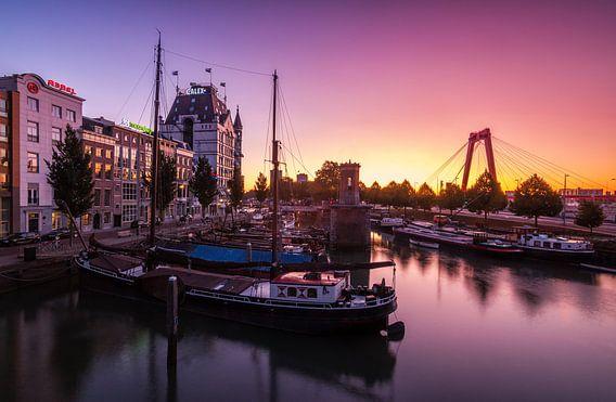 Sunrise in the wijnhaven