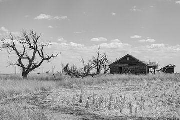 Verlaten huis op de prairie von Donny Kardienaal