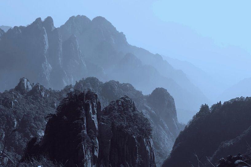 Nebel Gelbe Berge, Huangshan von Inge Hogenbijl