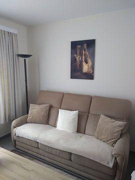 Kundenfoto: Altes Ballettschuhgemälde, Stilleben mit braunen und altrosafarbenen Farben von Diana van Tankeren