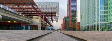 Almere station en WTC von Arjan Schalken