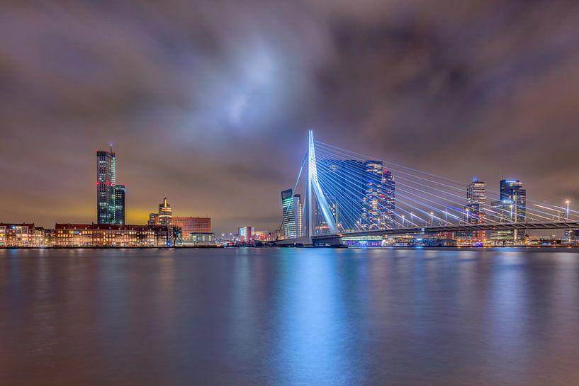 De skyline van Rotterdam van Dennisart Fotografie