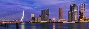Maan over Rotterdam