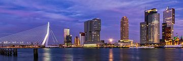 Maan over Rotterdam van