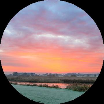Zonsopkomst over de IJsseldelta bij Kampen in Overijssel van Sjoerd van der Wal