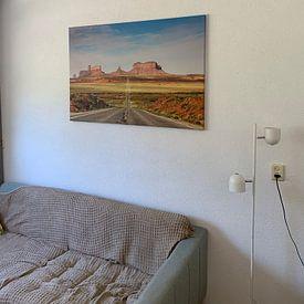 Kundenfoto: Highway to Monument Valley von Ilya Korzelius, auf leinwand