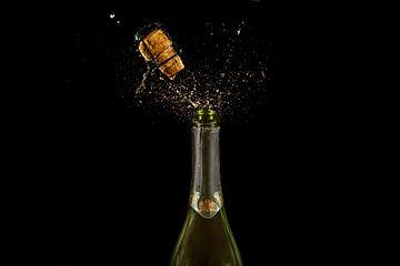 Bouteille de champagne pétillant sur Corrine Ponsen