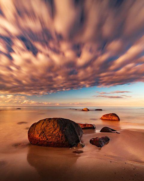 Steine im Abendlicht II von Marcus Lanz
