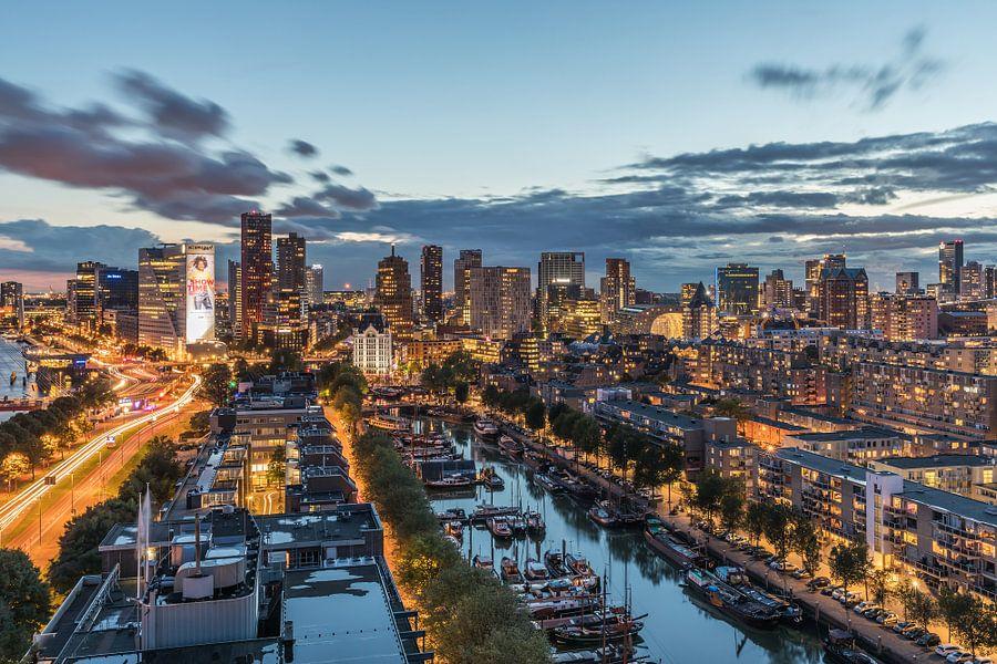 Het panoramisch uitzicht over Rotterdam