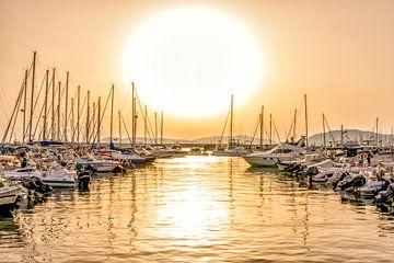 Coucher de soleil à la marina sur Rene Siebring