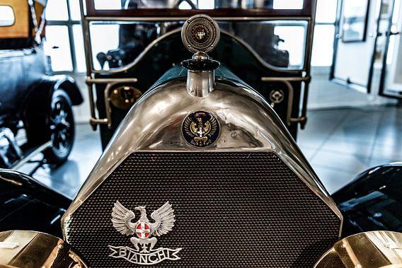 Bianchi grille en radiator ornament