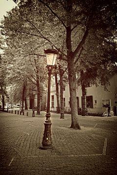Scheve straatlamp van Jan van der Knaap
