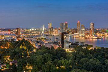 Rotterdam am Abend von Michael Valjak