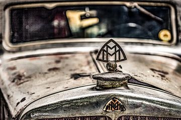 Radiator ornament van een duitse Maybach van voor de Tweede Wereldoorlog van autofotografie nederland