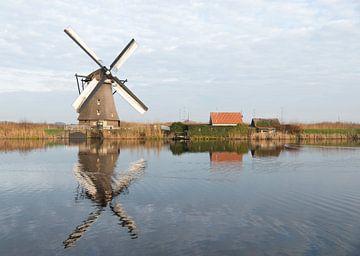 windmills in Kinderdijk Holland van Compuinfoto .
