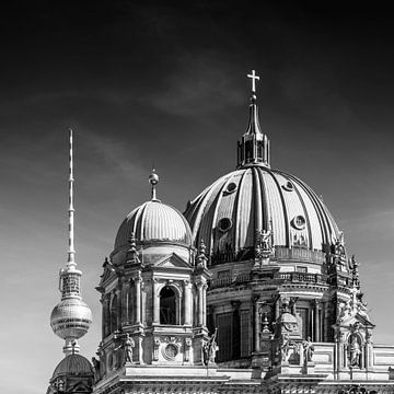 BERLIN Fernsehturm & Berliner Dom | Monochrom von Melanie Viola