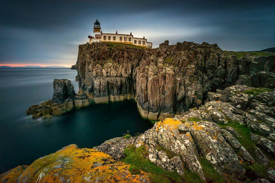 Neist Point lighthouse van Wojciech Kruczynski