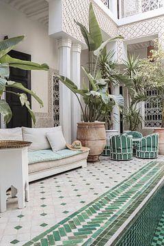 Arabische Innenarchitektur im marokkanischen Riad in Marrakesch von Henrike Schenk