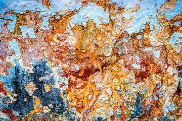 oude  muur in verval van Fred Leeflang