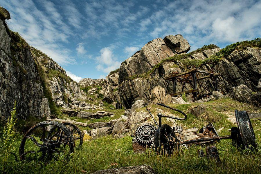 Verlaten marmergroeve op Iona, Schotland