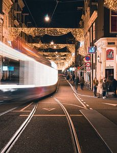 Utrechtsestraat am Abend von Ali Celik