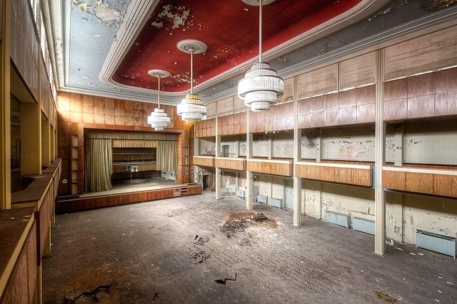 Elegant Theater van Roman Robroek