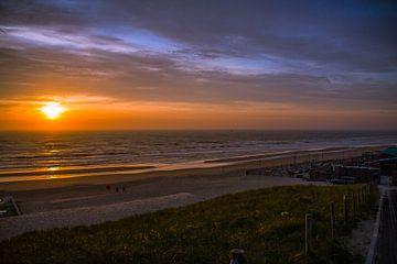 Sunset Bloemendaal van Peter Oudenes