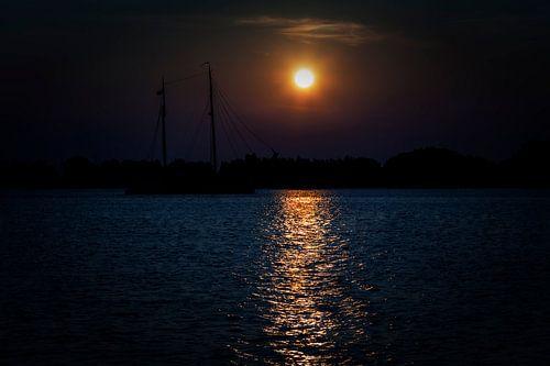 Zonsondergang op de Gouwzee