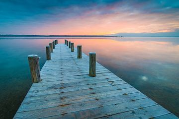 Zonsopgang bij het meer van Martin Wasilewski