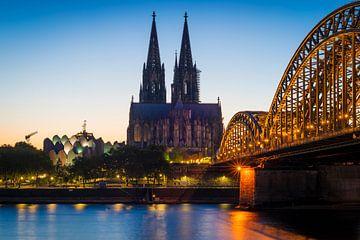 Dom en Hohenzollern-brug in Keulen van Martin Wasilewski