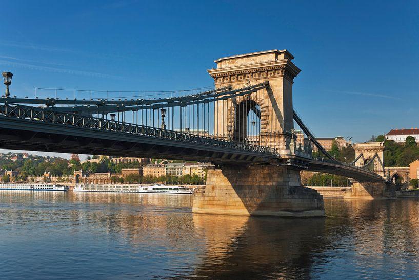 Kettenbrücke Budapest von Gunter Kirsch