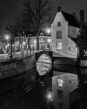 Hometown Nocturnal # 18 van Frank Hoogeboom