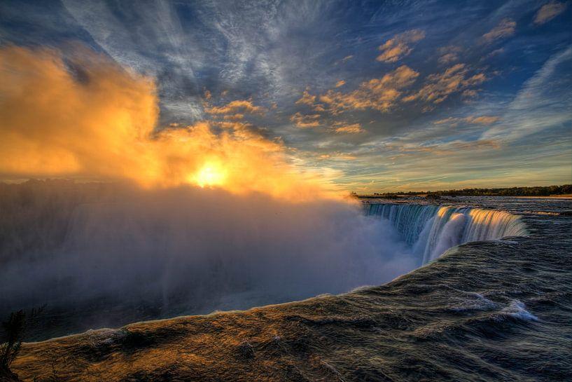 Sunrise @ Niagara Falls van Rene Ladenius