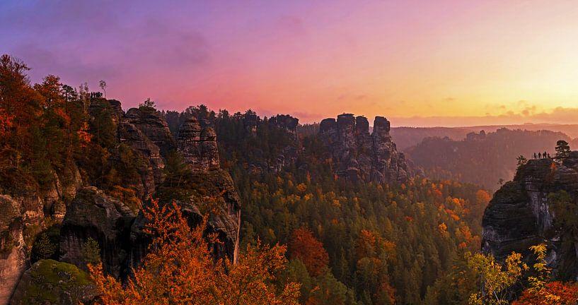 Zonsopgang in Saksisch Zwitserland van Frank Herrmann