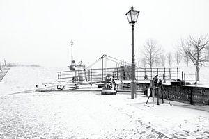 winter landschap in zwart wit van W J Kok