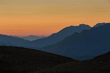 Zonsondergang Dolomieten van Ruud van der Bliek / Bluenotephoto.nl