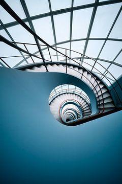 Blue Spiral van Martijn Kort