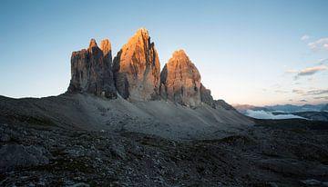 Sonnenaufgang in den Dolomiten von Niels Devisscher