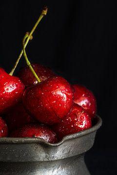 Süße Kirschen von Edith Albuschat