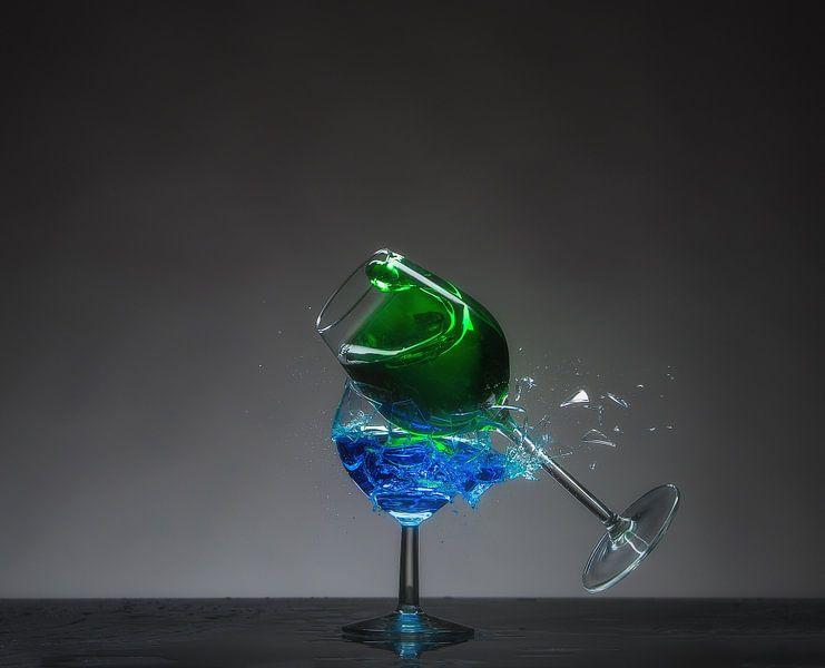 Shattered Glass - Groen op Blauw van Alex Hiemstra