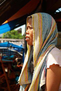 dame in Bali van Bart Colson