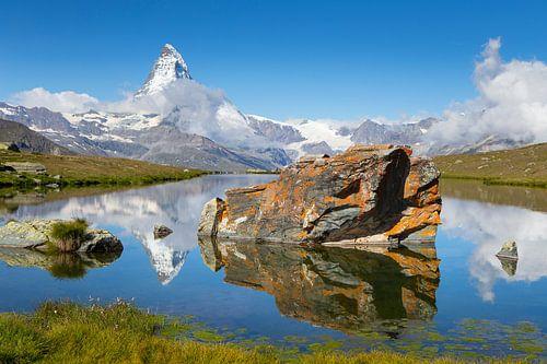 Reflectie Matterhorn in Stellisee van