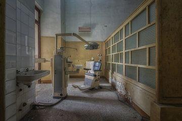 Verlassener Zahnarzt von Maikel Brands