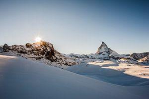 Matterhorn, Zwitserland vlak voor zonsondergang van